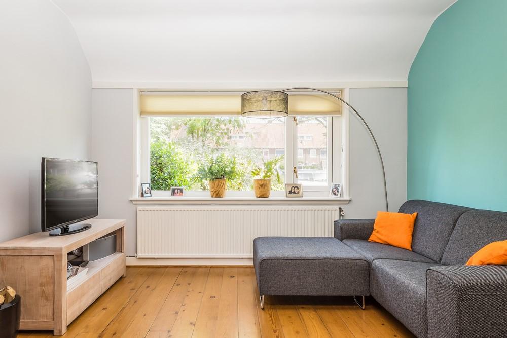 Объединяем балкон и комнату: идеальное решение для маленькой.