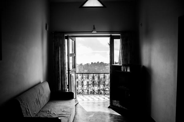 Важные «мелочи» при остеклении балкона